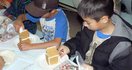 Decorating Graham Cracker Cottages
